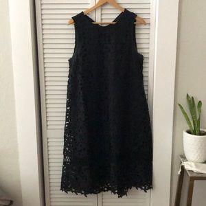 Ne Quittez Pas lace dress